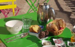 photo tables terrasse salon de thé
